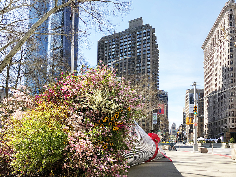 Alles over het larger than life bloemenboeket wat nu in NYC te vinden is